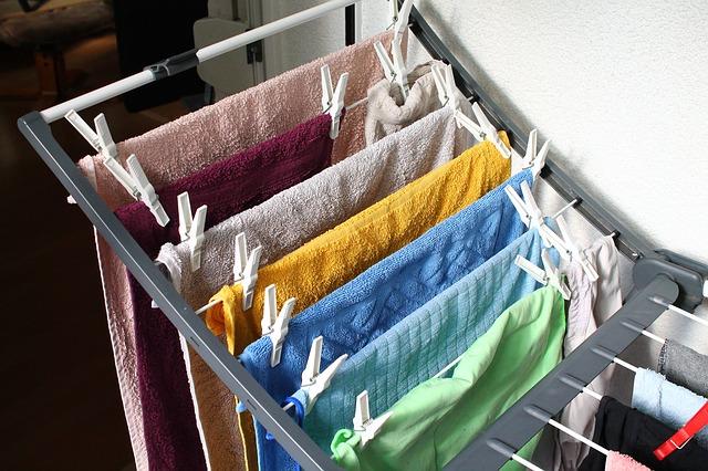 薪ストーブ 梅雨 洗濯物